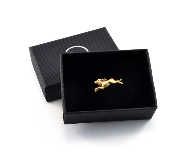 products/hare-pin-tie-tack-party-favours-02.jpg