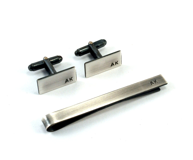 products/monogrammed-mens-gift-set-sterling-silver-cufflinks-and-tie-bar-00.jpg