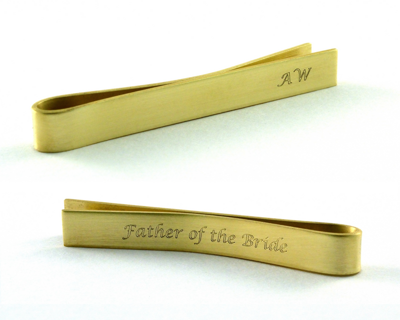 products/personalised-gold-tie-pin-father-of-the-bride-gift-00.png