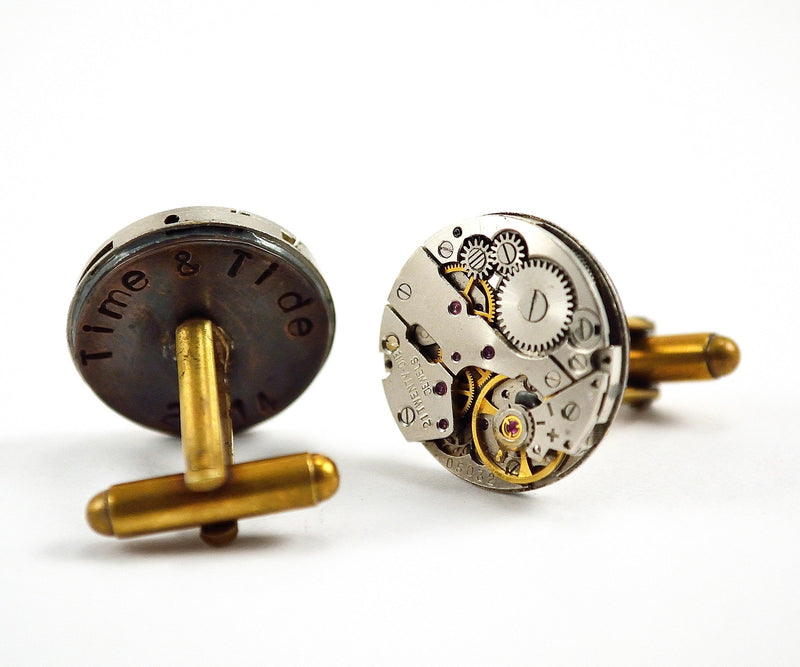 products/personalised-steampunk-cufflinks-engraved-watch-movements-00.jpg