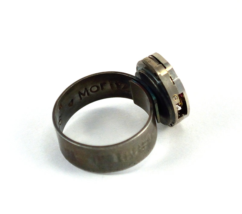 products/personalised-steampunk-ring-engraved-secret-message-04.jpg