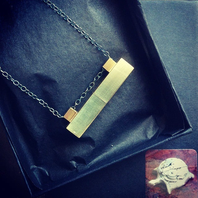 products/secret-message-locket-secret-compartment-necklace-05.jpg