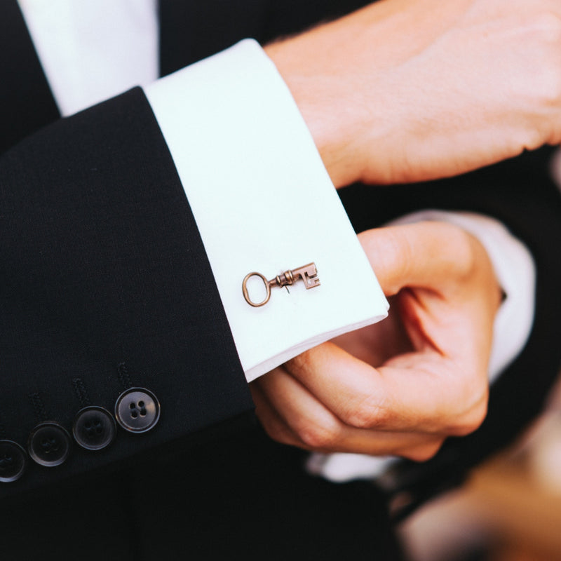 products/silver-key-cuff-links-04.jpg