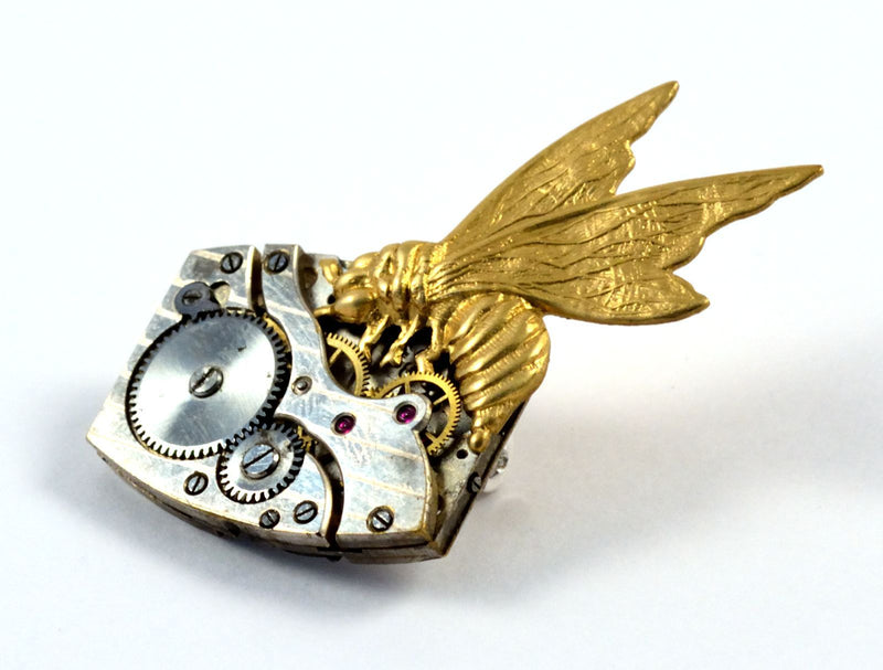 products/steampunk-bee-brooch-bee-on-time-00.jpg