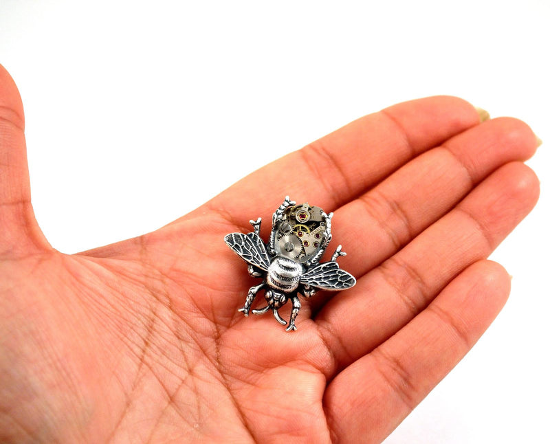 products/steampunk-bee-brooch-pin-04.jpg