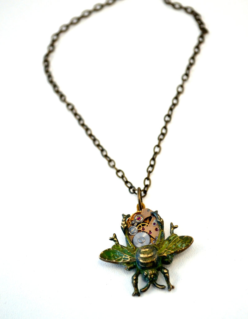 products/steampunk-bee-necklace-eric-the-half-a-bee-01.jpg
