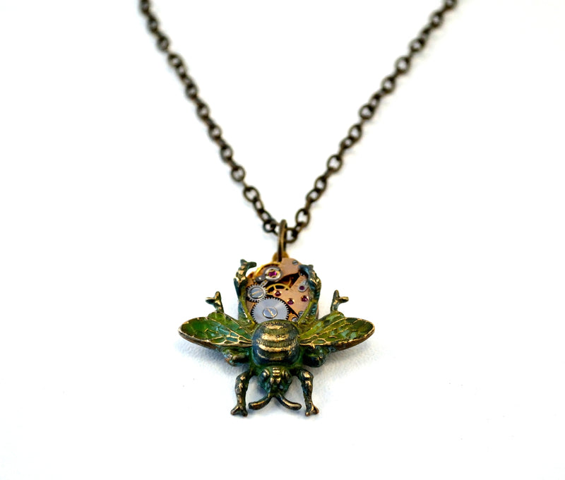 products/steampunk-bee-necklace-eric-the-half-a-bee-02.jpg