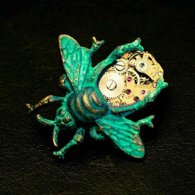 products/steampunk-bee-pin-clockwork-04.jpg