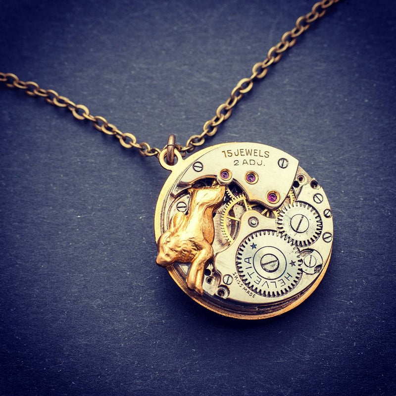 products/steampunk-hare-necklace-03.jpg