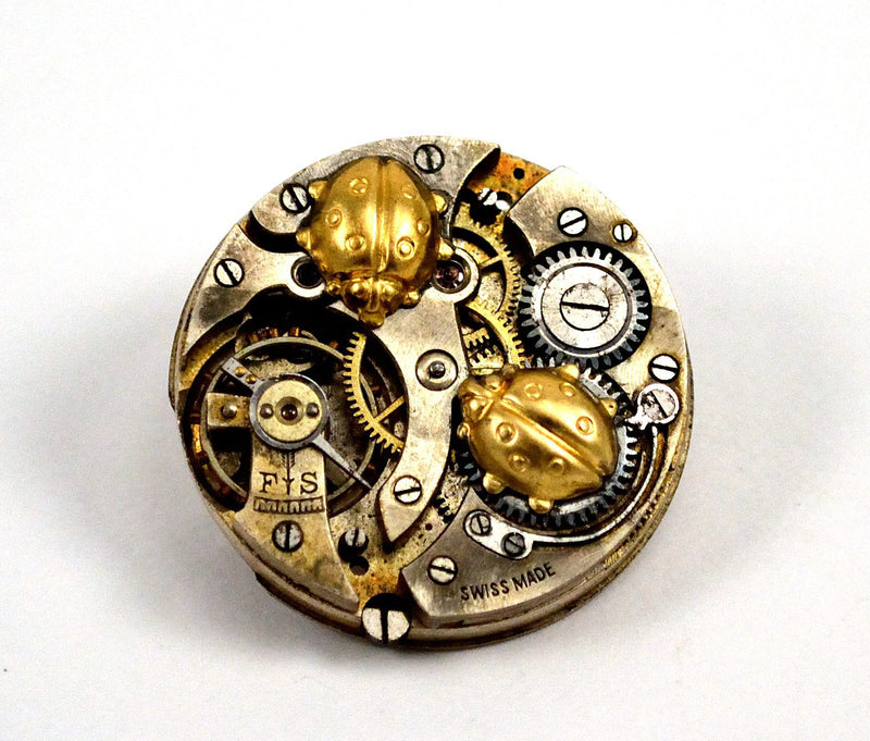 products/steampunk-ladybug-brooch-pin-watch-movement-03.jpg