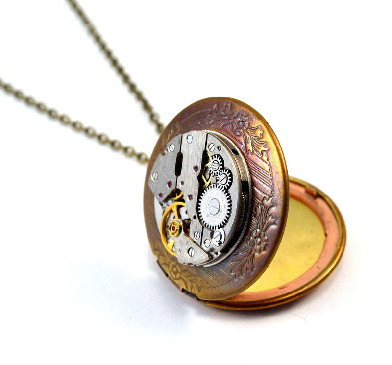 products/steampunk-locket-time-capsule-necklace-00.jpg