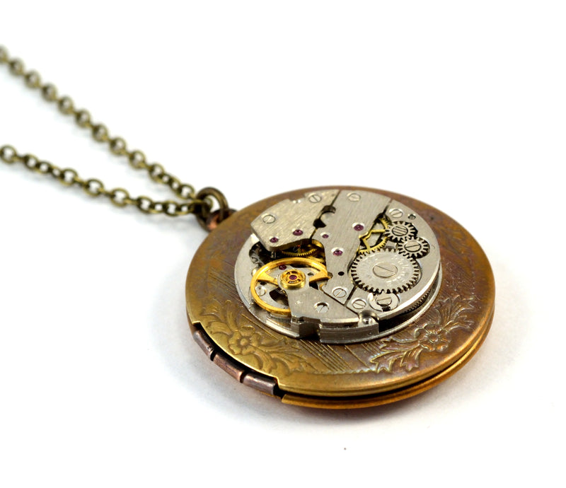 products/steampunk-locket-time-capsule-necklace-01.jpg