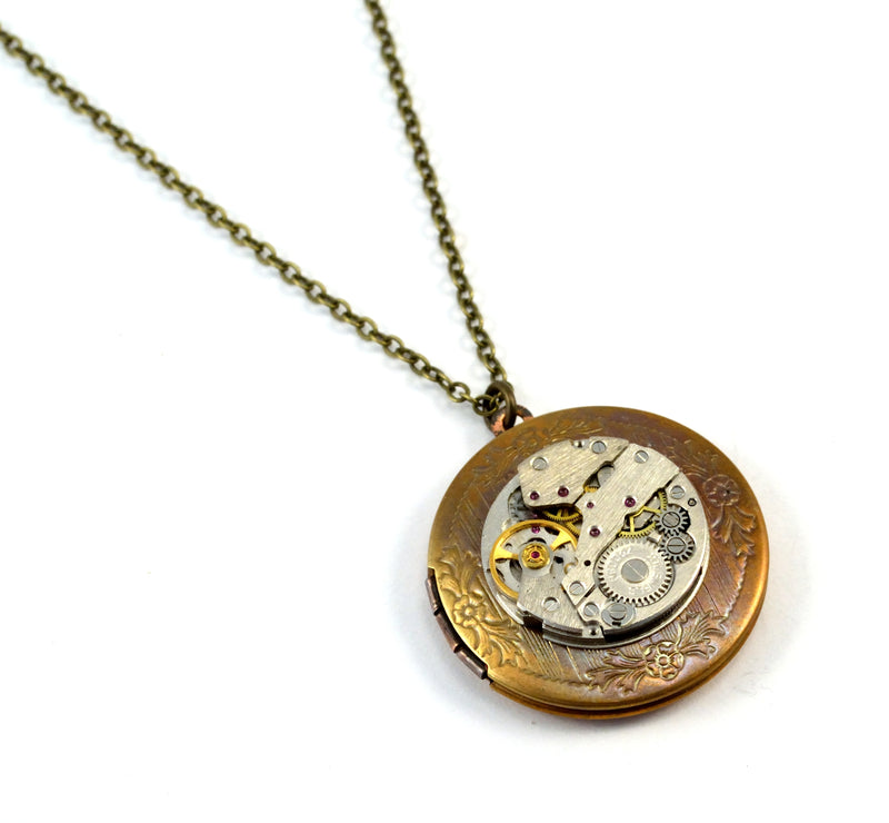 products/steampunk-locket-time-capsule-necklace-04.jpg
