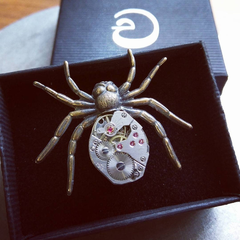 products/steampunk-spider-brooch-pin-02.jpg