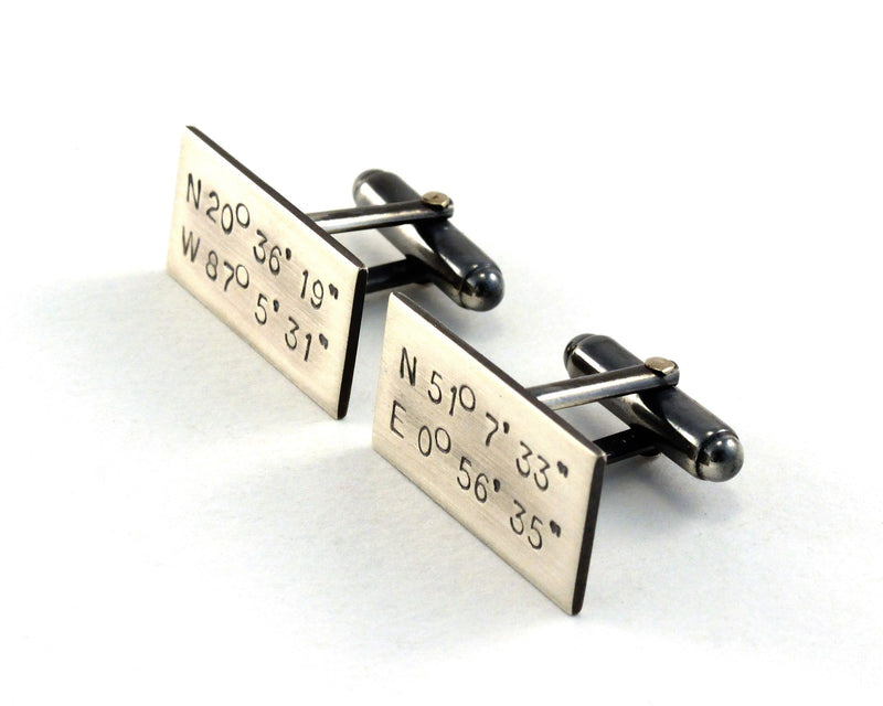 products/sterling-silver-custom-cuff-links-gps-coordinates-02.jpg