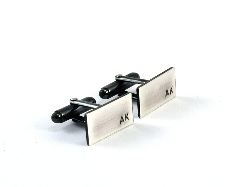 products/sterling-silver-initial-cuff-links-personalised-00.jpg