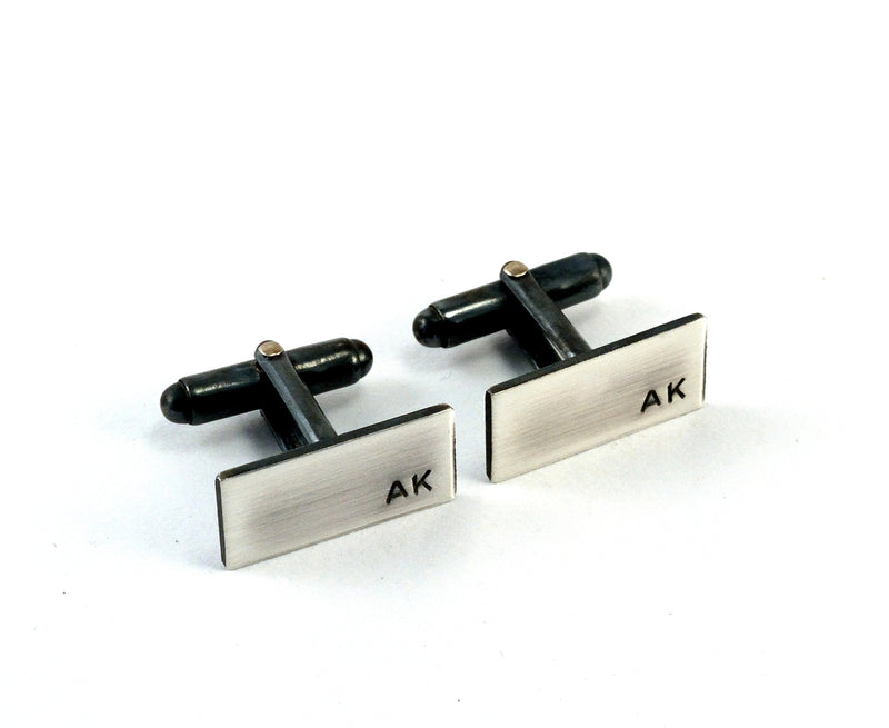 products/sterling-silver-initial-cuff-links-personalised-01.jpg