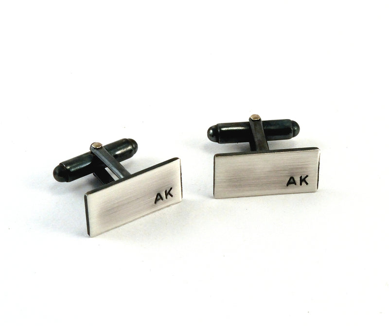 products/sterling-silver-initial-cuff-links-personalised-02.jpg