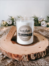 Load image into Gallery viewer, MOUNTAIN FROST Soy Candle