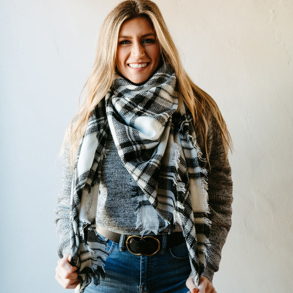 High Street Blanket Scarf - White/Black