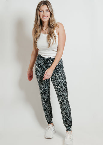 Ultra Soft Joggers Gray Leopard
