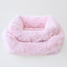 Load image into Gallery viewer, Bella Dog Bed - Bark Fifth Avenue