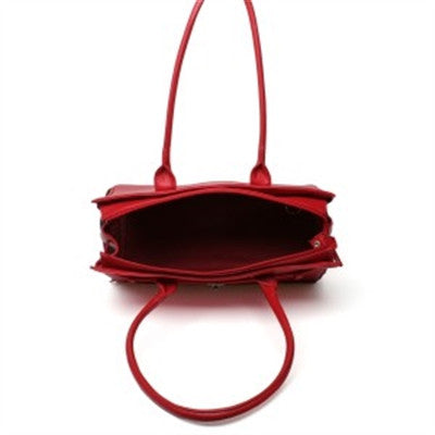 Pebble Grain Monaco Tote in Red