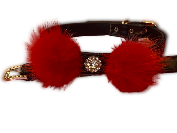 Holiday Pom Pom Collar