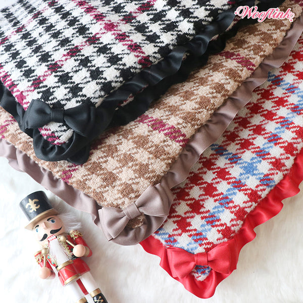 TIMELESS CHIC BLANKET