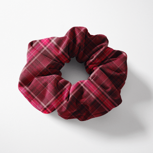 Kilted Yoga Scrunchie