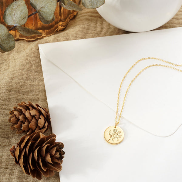 Mistletoe Circle Necklace