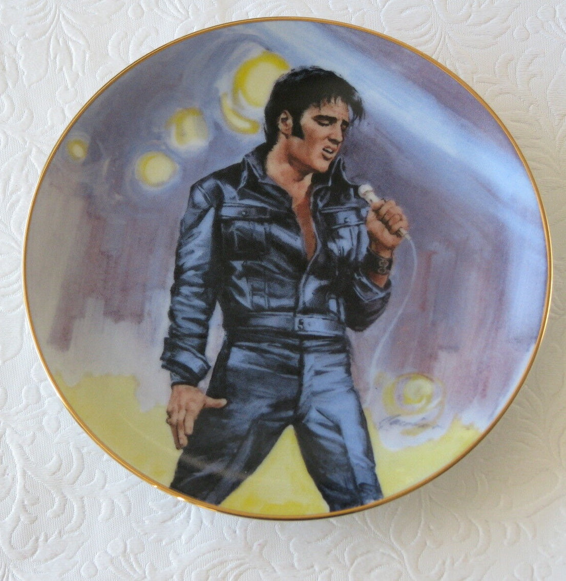 Elvis Collectors Plate Hound Dog