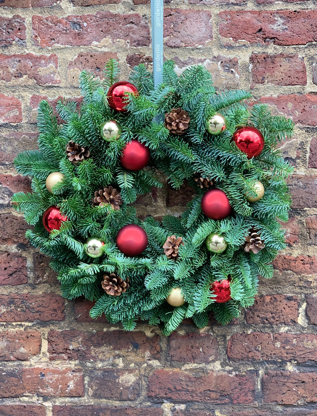 Bauble & pine cone wreath