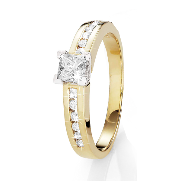 18Ct Yellow Gold 0.57Ct Princess Cut Diamond Engagement Ring