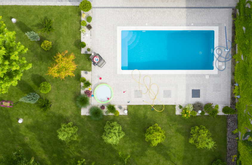 Designing your garden around your swimming pool