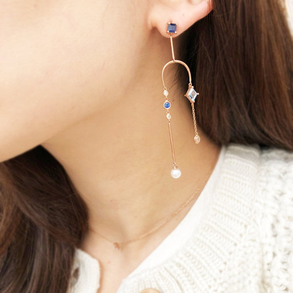 BLUE MOBILE EARRING (SINGLE PIECE)