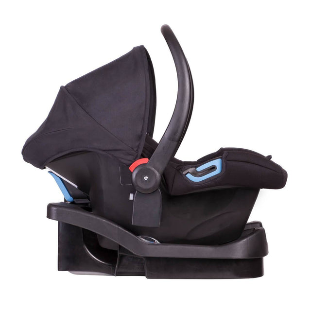 phil&teds alpha car seat fitted with latch base side view_black/grey marl