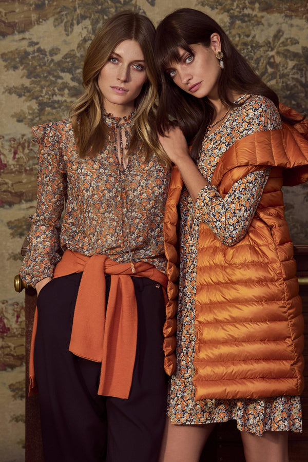 Rich & Royal - Blouse with frilled details - campaign image