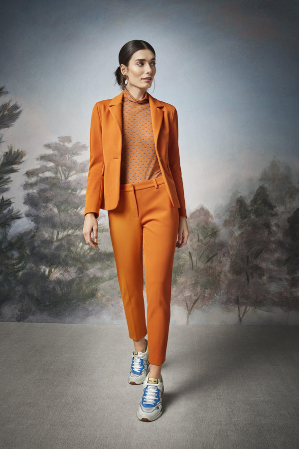 Rich & Royal - Tailored blazer with back slit - campaign image