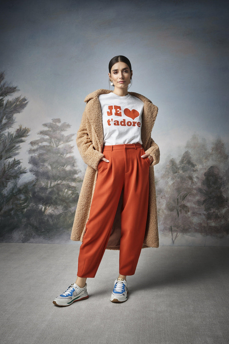 Rich & Royal -Wide-legged trousers with pleated front - campaign image