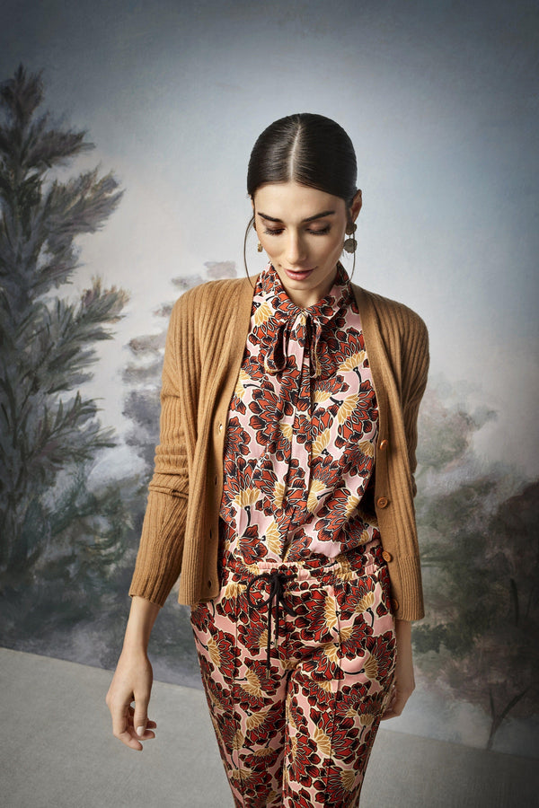 Floral blouse with bow