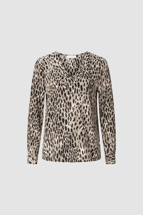 V-neck top with all-over leopard print