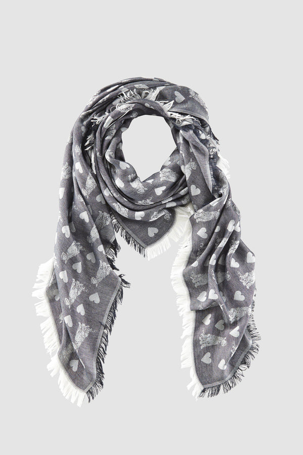 Scarf with woven pattern