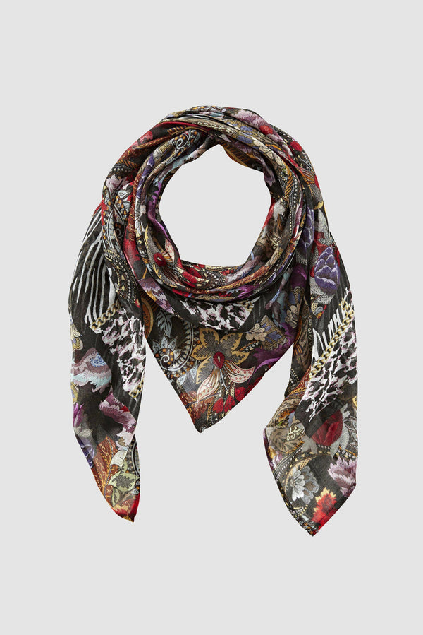 Scarf in colourful mix of prints