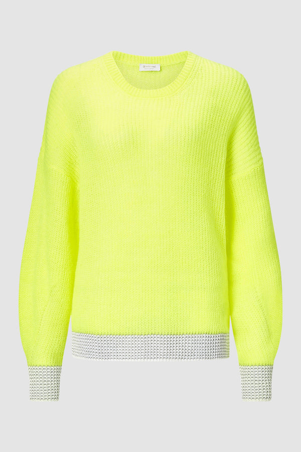 Knitted jumper with contrasting knits
