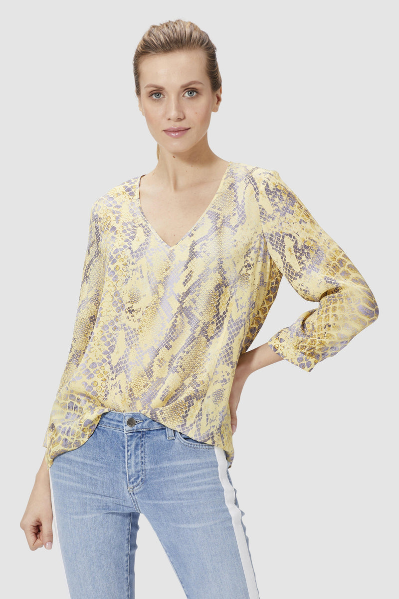 Blouse with snake print