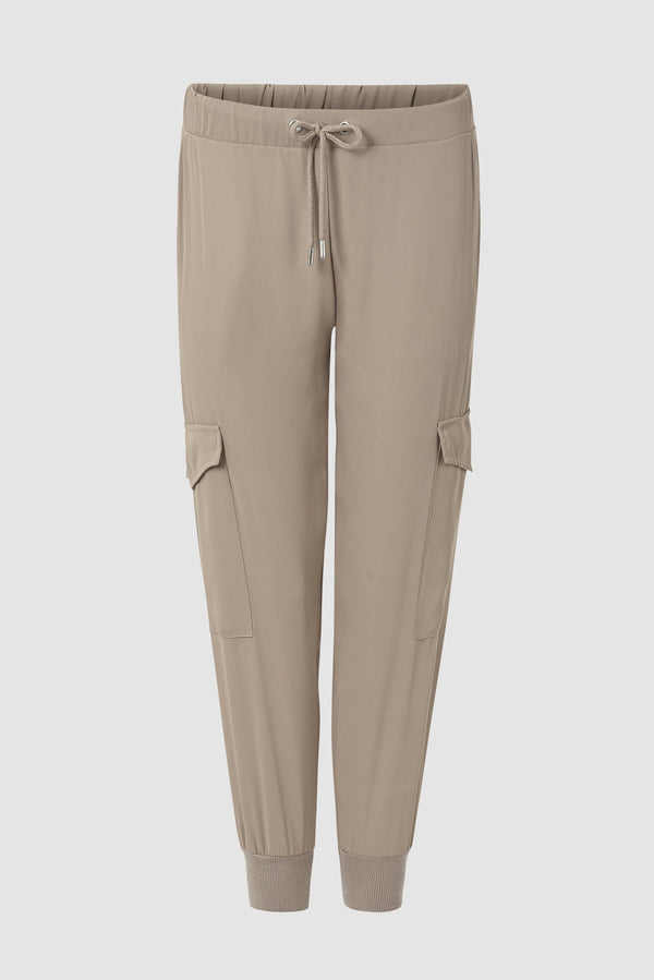 Jogger-style trousers with cargo pockets