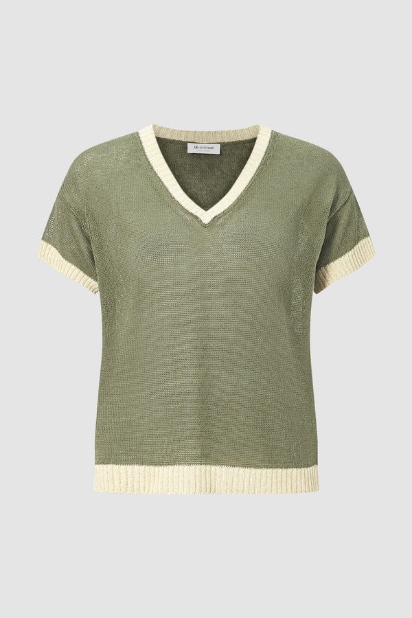 V-neck jumper with lurex