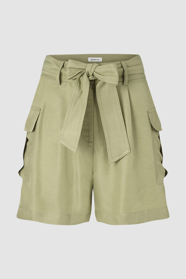 Safari-look shorts