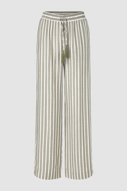 Wide-legged trousers with tassels